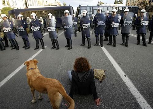 indignados,proteste in grecia, default grecia,crisi economica grecia